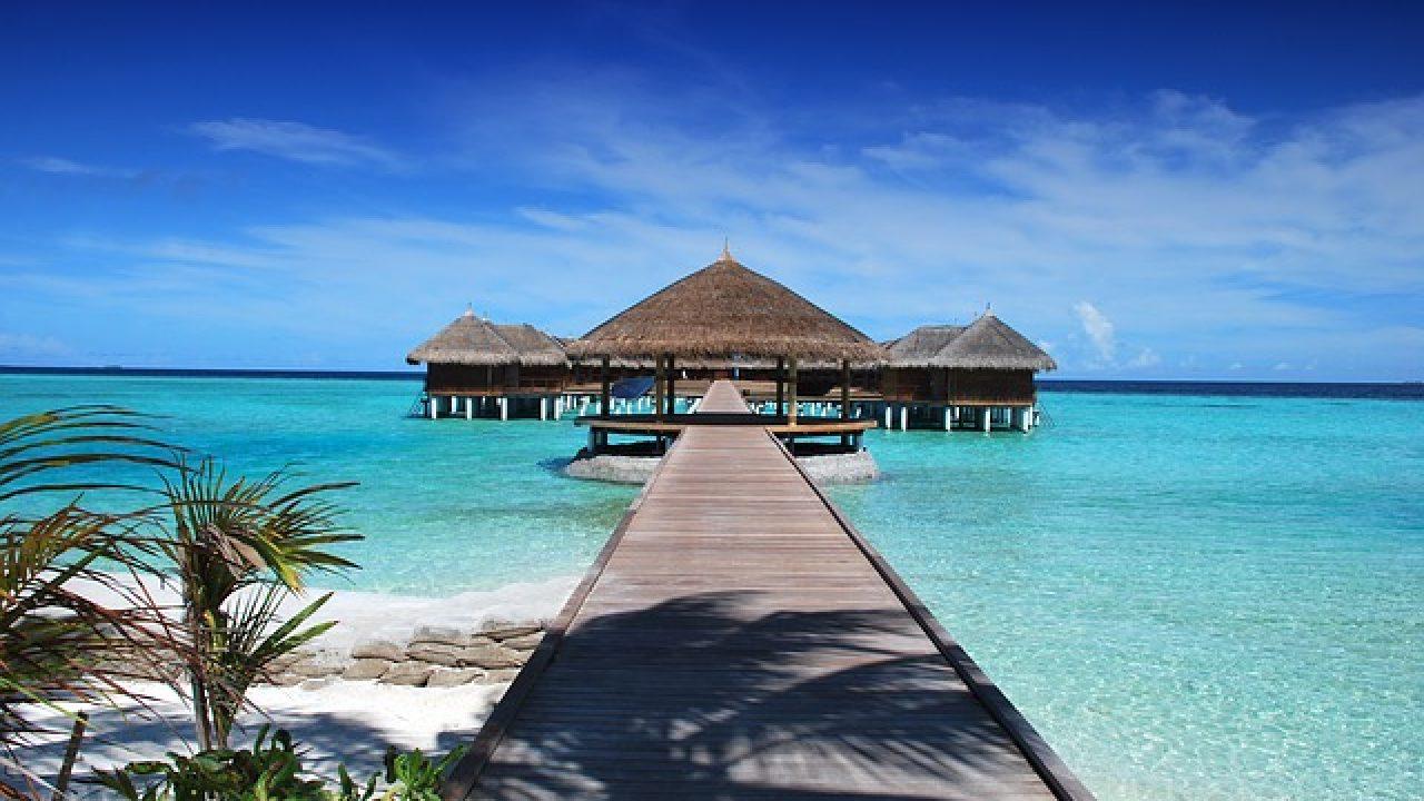 Turen går til Maldiverne Omkringriget